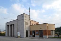 Stazione in stile razionalista di Fogliano Redipuglia; Benito Mussolini; viva il Duce; SottoMonfalcone