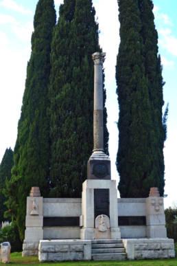 Monumento a Gabriele d'Annunzio; Ronchi dei Legionari